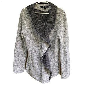 BNCI by blanc noir asymmetric zip front sweater L